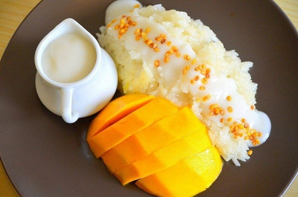 thai-manggo-sticky-rice